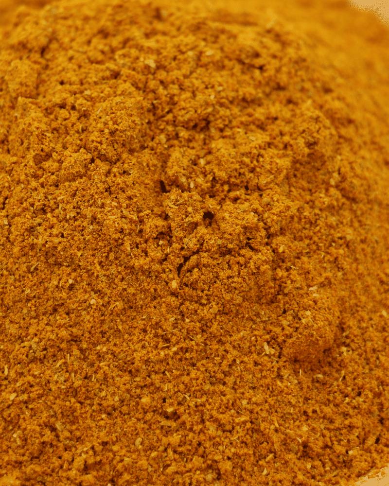 gros plan curry fort hot etal des epices