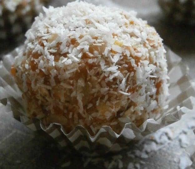 Bouchées saines et gourmandes à l'okara de carottes & clémentines épicé à la citronnelle