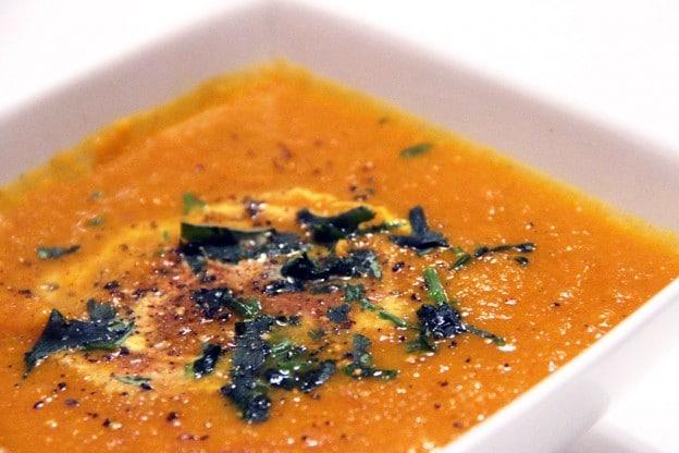 Velouté carottes-coco au miel et galanga